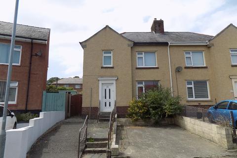 3 bedroom semi-detached house to rent - Kingsley Avenue, Bangor, Gwynedd, LL57