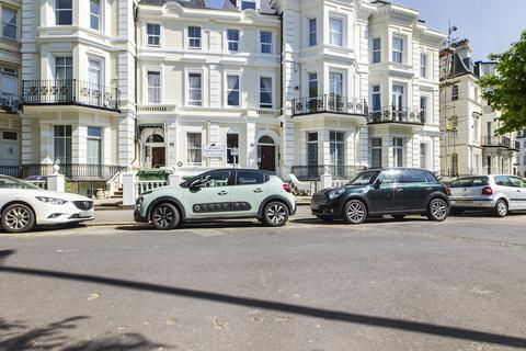 3 bedroom apartment to rent - Trinity Crescent, Folkestone