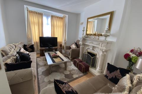 5 bedroom terraced house to rent - GORDON ROAD, ILFORD IG1