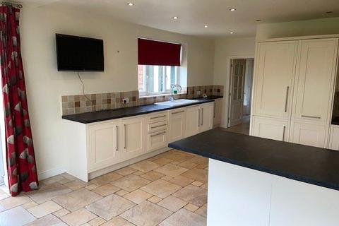4 bedroom detached house to rent - Hallam Road, Nottingham, Nottinghamshire, NG3