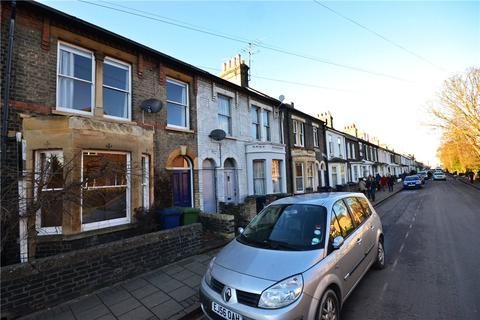 3 bedroom terraced house to rent - Devonshire Road, Cambridge, Cambridgeshire, CB1
