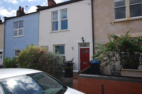 2 bedroom terraced house to rent - Melbourne Road, Bristol