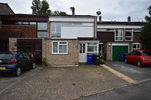 4 bedroom semi-detached house to rent - Hardwick Avenue, Kidlington