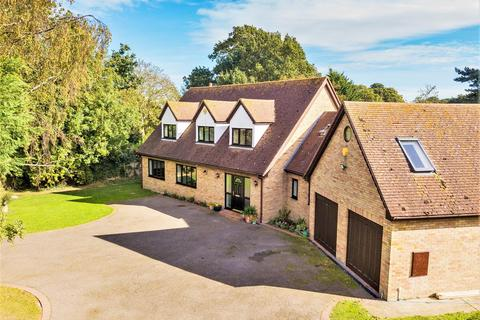 4 bedroom detached house for sale - Malting Lane, Kirby-Le-Soken, Frinton-On-Sea