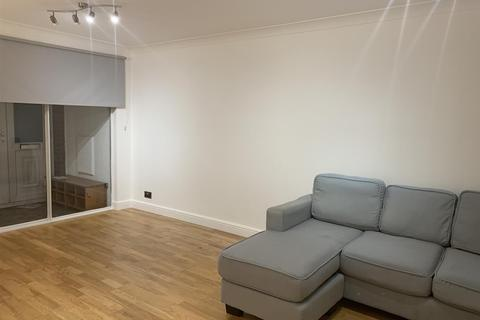3 bedroom end of terrace house to rent - Collett Road, Bermondsey, Bermondsey, London