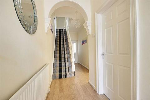 3 bedroom terraced house for sale - Richmond Road, South Shields, Tyne And Wear