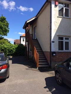 2 bedroom flat to rent - Flat in Osmunds Road, Poole, BH14 9JN
