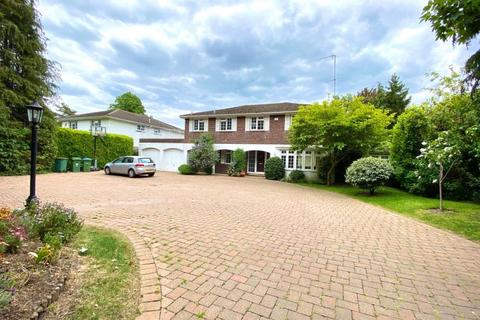 5 bedroom detached house to rent - Leigh Hill Road, Cobham, Surrey, KT11 2HX