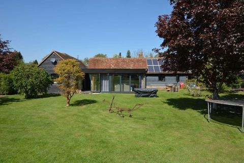 4 bedroom country house for sale - Meadle