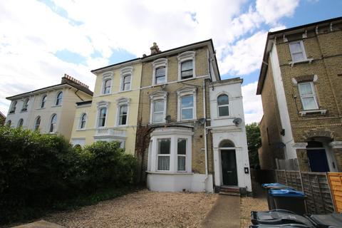 2 bedroom flat to rent - Woodside Green, South Norwood, SE25