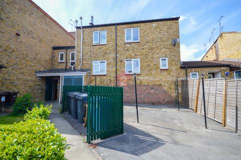 2 bedroom flat for sale - Clayton Hollow, Waterthorpe, Sheffield, S20