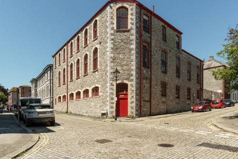 2 bedroom flat for sale - Astor Court, The Barbican, Plymouth