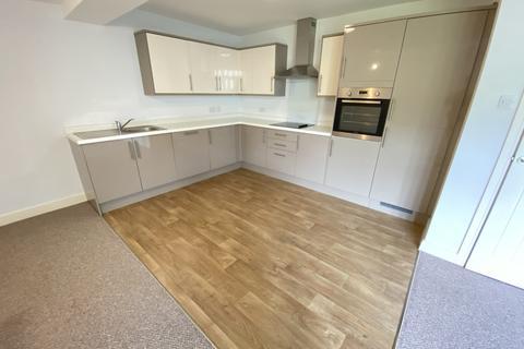 2 bedroom ground floor flat to rent - Danescourt Road, Tettenhall