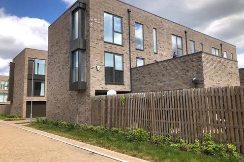 4 bedroom house to rent - Brook End Close, Trumpington, Cambridge, Cambridgeshire