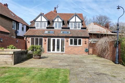 5 bedroom detached house for sale - New Walk, North Ferriby, East Riding of Yorkshire, HU14