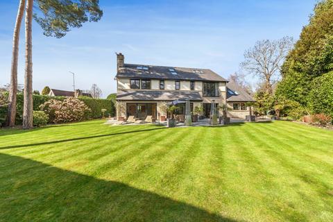 6 bedroom detached house for sale - Manor Lane, Gerrards Cross, Buckinghamshire