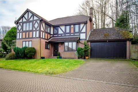 5 bedroom detached house to rent - Sandbourne Drive, Maidstone, ME14