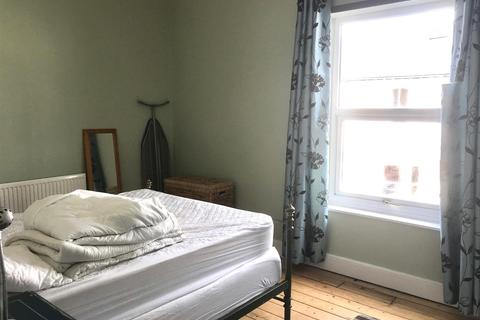 2 bedroom terraced house to rent - Scott Street, South Bank