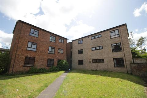 3 bedroom apartment to rent - Goldwell Road, Norwich