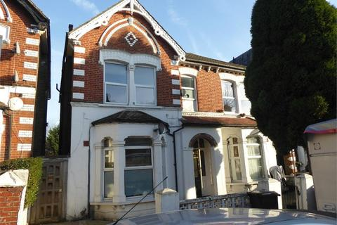 1 bedroom flat to rent - Whitworth Road, London