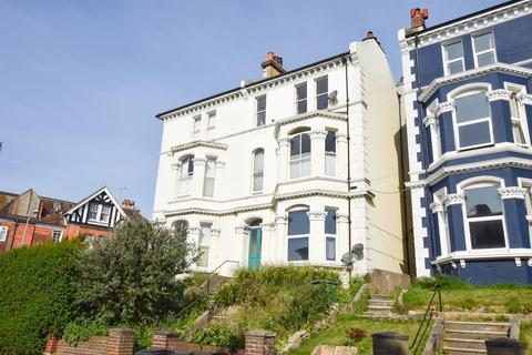 2 bedroom flat for sale - Braybrooke Road, Hastings