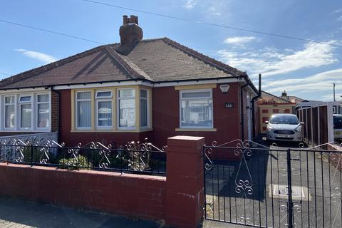 2 bedroom semi-detached bungalow for sale - Edgeway Road, South Shore, Blackpool FY4
