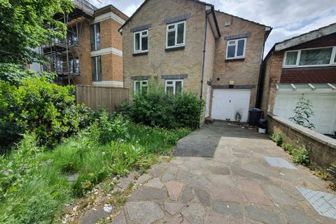 4 bedroom semi-detached house to rent - Sylvan Hill, Crystal Palace, SE19 2QF