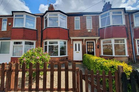 3 bedroom terraced house to rent - Woodgate Road, Hull