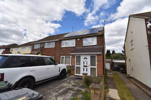 3 bedroom semi-detached house to rent - Charlwood Road, Luton