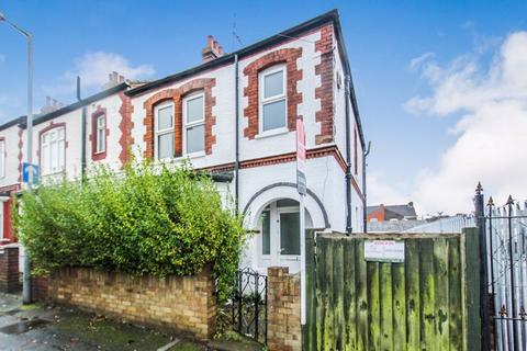 3 bedroom terraced house to rent - Refurbished 3 Bed on Holland Road