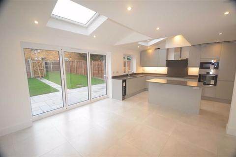 4 bedroom detached house to rent - Hunters Ride, Bricket Wood, Herts
