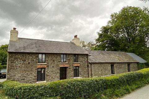 4 bedroom property with land for sale - Gorsgoch, Llanybydder, SA40