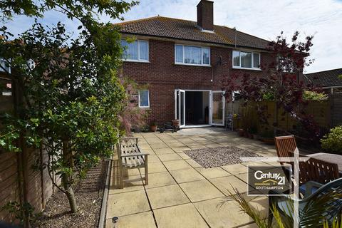 2 bedroom flat for sale - Peachey Road, Selsey, PO20 0LG