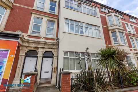 2 bedroom apartment to rent - Station Road , Blackpool