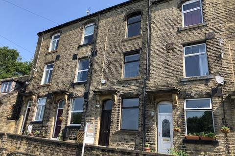 3 bedroom terraced house to rent - Prospect Terrace, Riddlesden, Keighley, BD20 5PP