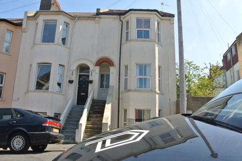 4 bedroom flat to rent - Brading Road, Brighton BN2 3PD