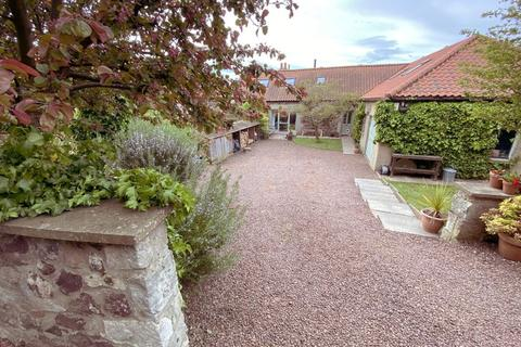 5 bedroom flat for sale - 19 Markle Steading, EAST LINTON, EH40 3EB