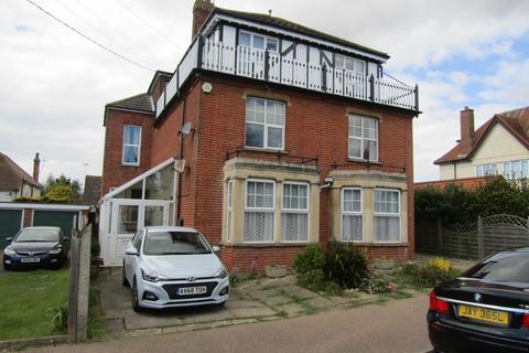 2 bedroom flat to rent - Priory Road, Old Felixstowe, IP11