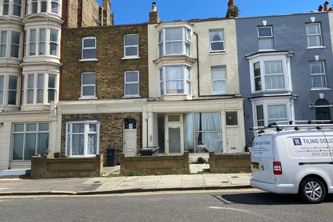 2 bedroom flat to rent - Cliff Terrace, Margate CT9