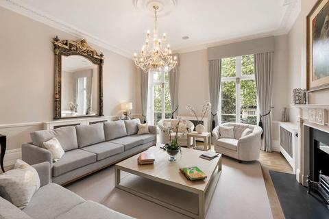 7 bedroom terraced house to rent - Chester Square, Belgravia, London, SW1W