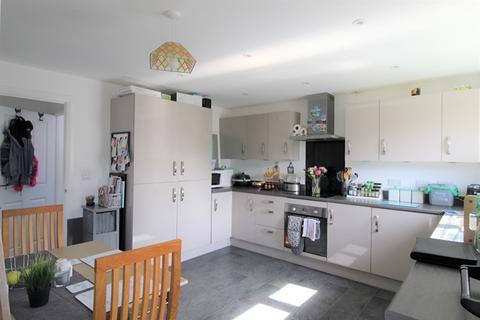 3 bedroom semi-detached house - Tillhouse Road, Cranbrook