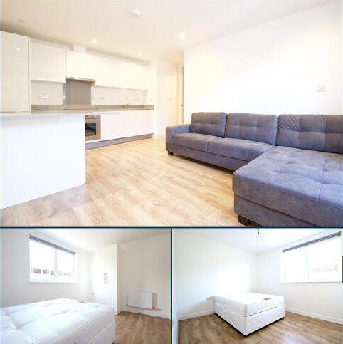 2 bedroom apartment to rent - Tower Point, Enfield
