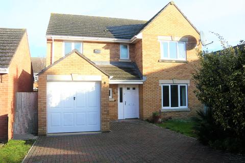 4 bedroom detached house to rent - Niven Courtyard, Cheltenham, GL51 0GG
