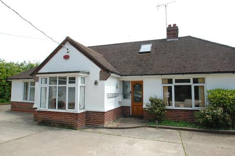 4 bedroom chalet to rent - Maldon Road, Margaretting, Ingatestone, Essex, CM4