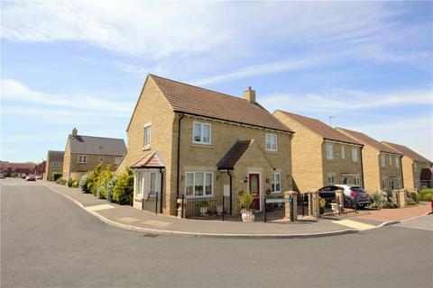 4 bedroom detached house for sale - Nuthatch Drive, Bishops Cleeve, Cheltenham, Gloucestershire, GL52