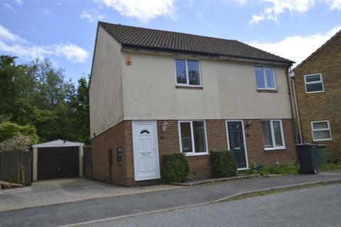 2 bedroom semi-detached house to rent - Greenfields Close, St. Leonards-on-Sea, East Sussex, TN37