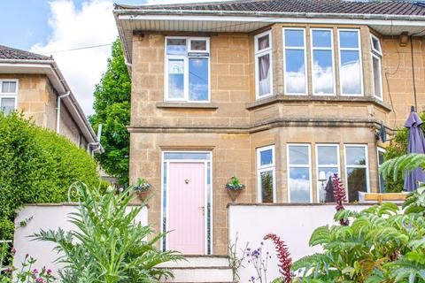 3 bedroom apartment for sale - London Road East, Bath