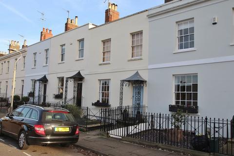 3 bedroom terraced house to rent - Priory Terrace, Cheltenham, Glos