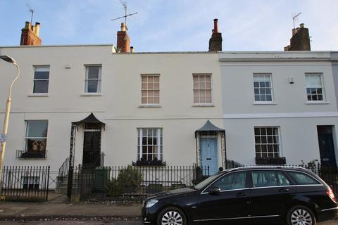 3 bedroom terraced house to rent - Priory Terrace, Cheltenham, Glos