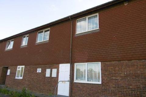 2 bedroom flat to rent - Station Approach, Staplehurst, Kent TN12 0QR
